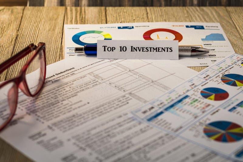 Wierzchołka 10 inwestycj pieniężny motywacyjny pojęcie obrazy royalty free