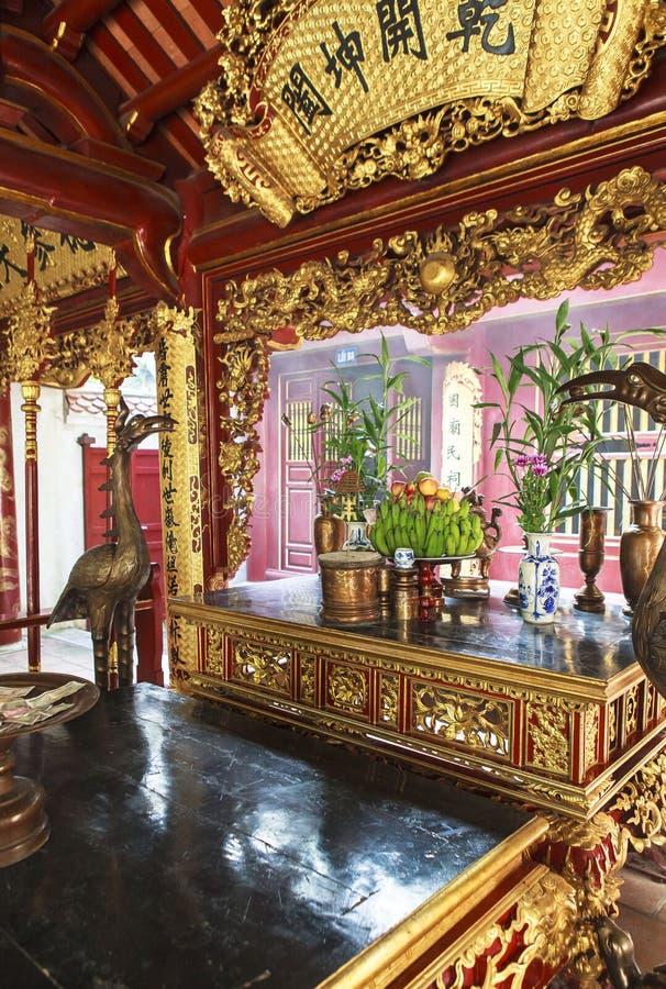 Wieszający królewiątka Świątynny Phu Tho obraz royalty free