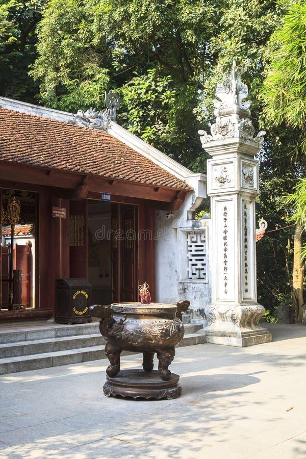 Wieszający królewiątka Świątynny Phu Tho fotografia royalty free