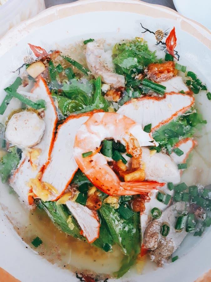 wietnamczycy z makaronem zdjęcia royalty free