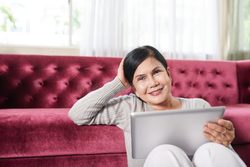 Wietnamska starsza kobieta zdjęcia stock