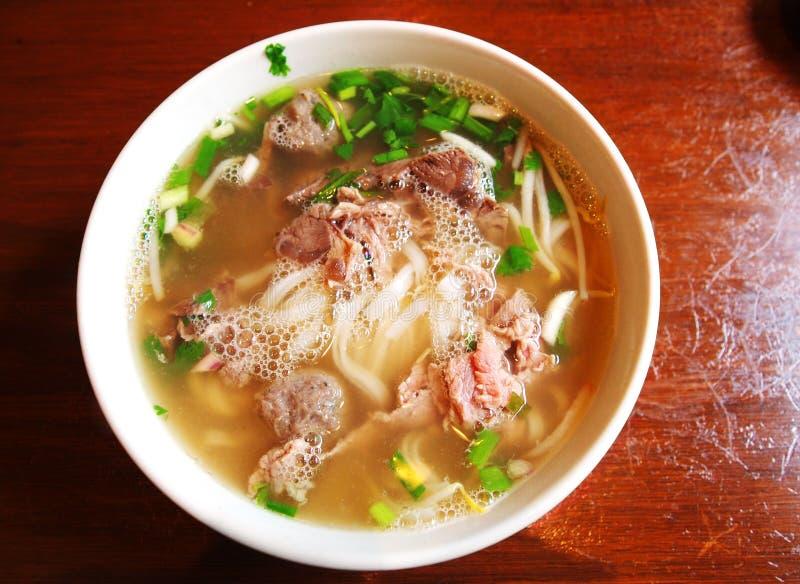 Wietnamska wołowina klusek pho polewka obraz royalty free