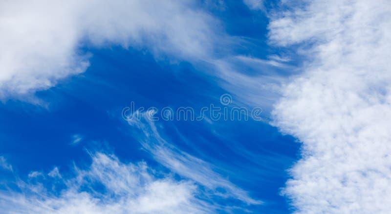Wietrzny niebo zdjęcie stock