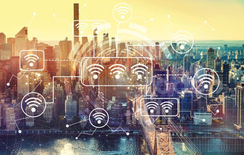 WiFi με την εναέρια άποψη του Μανχάταν, Νέα Υόρκη στοκ φωτογραφίες
