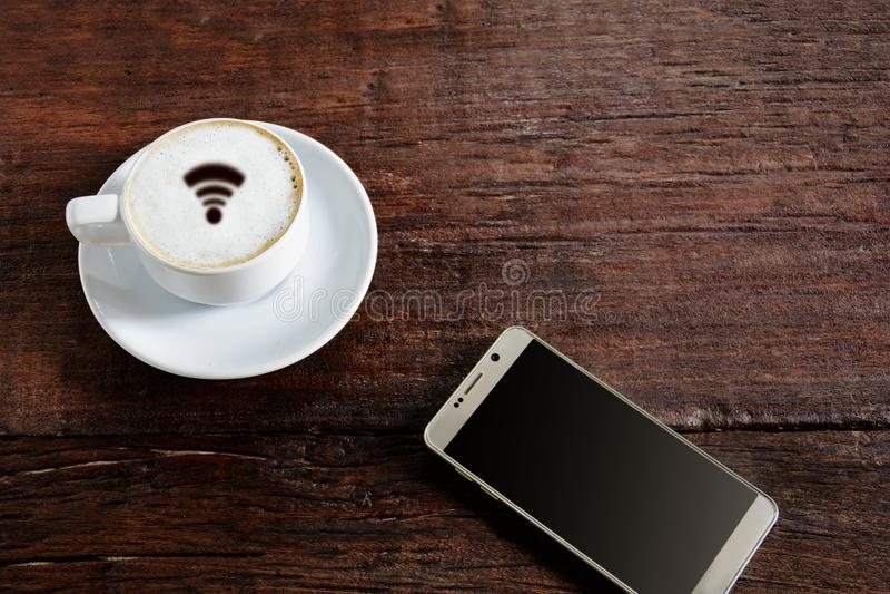 wifi e buongiorno della tazza di caffè immagine stock libera da diritti