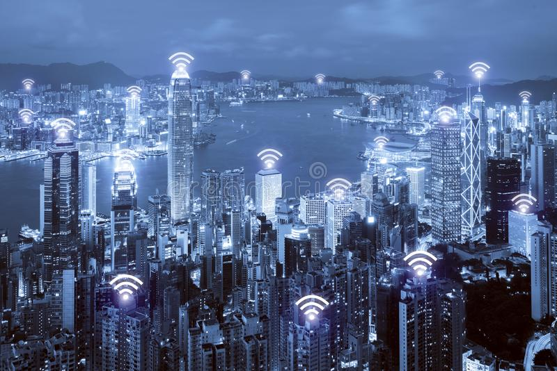 Wifi-Ikone und Hong Kong-Stadt mit Verbindung des drahtlosen Netzwerks H stockbild