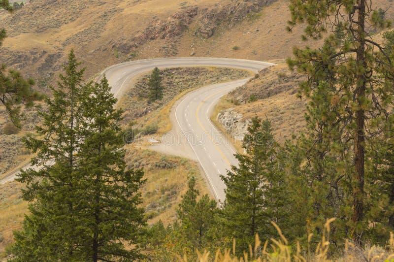 Wijąca Halna droga blisko Osoyoos kolumbiów brytyjska Kanada zdjęcie stock