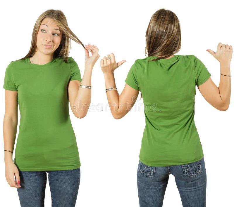 Wijfje met leeg groen overhemd stock fotografie