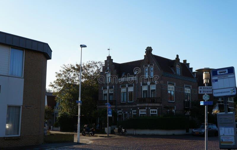 Wijk Zee aan, Pays-Bas, le centre de la vue de ville photographie stock libre de droits