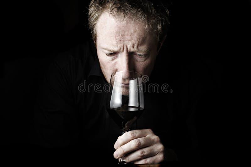 Wijn die 3 proeft