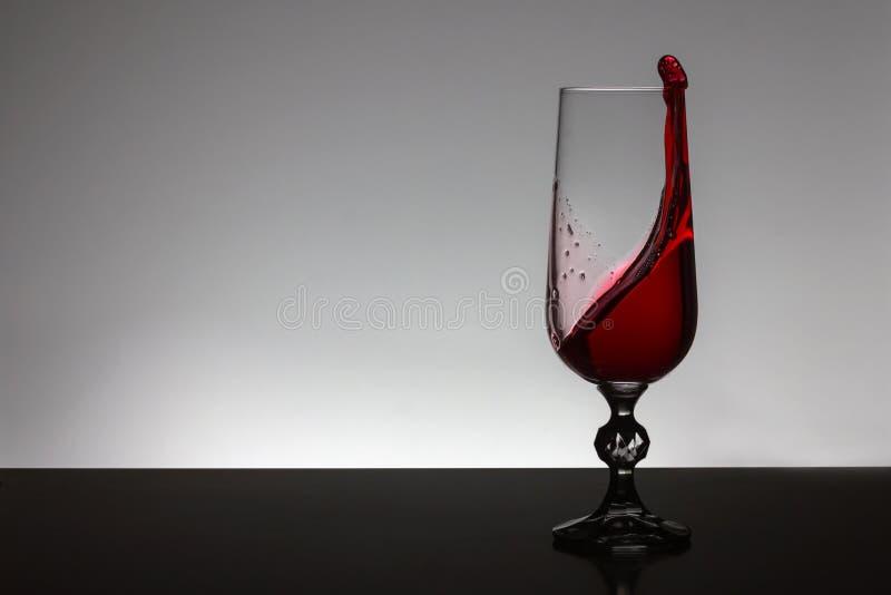 Wijn in een glas stock foto's