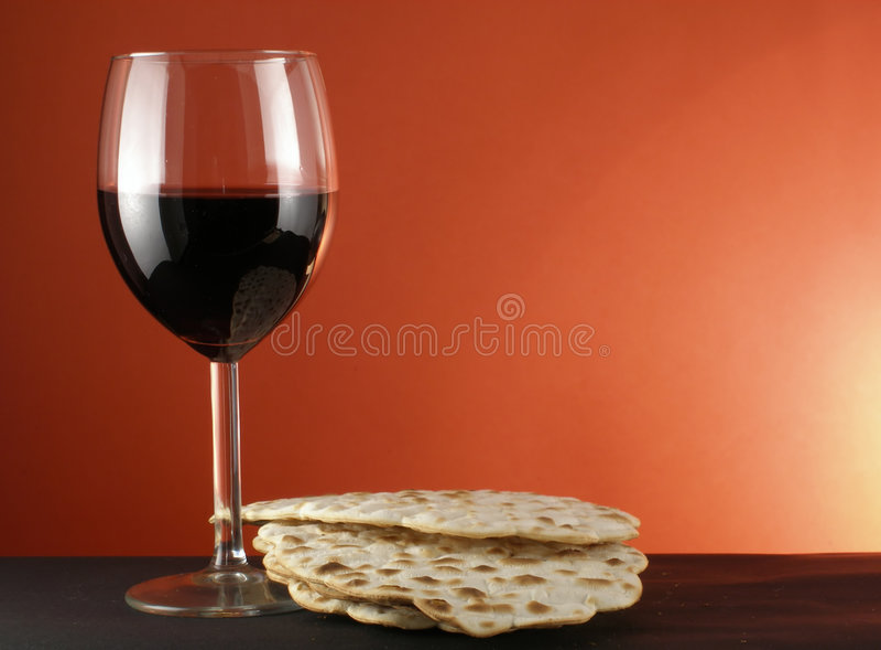 Wijn en matzoh stock fotografie