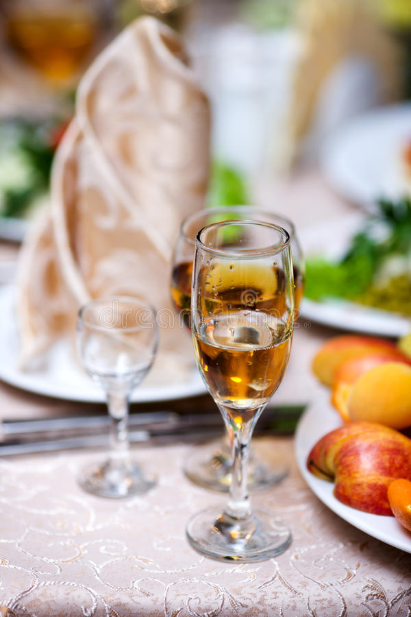 Wijn en vruchten royalty-vrije stock foto's
