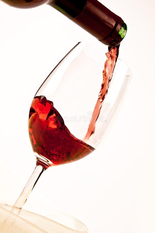 Wijn op wit stock foto