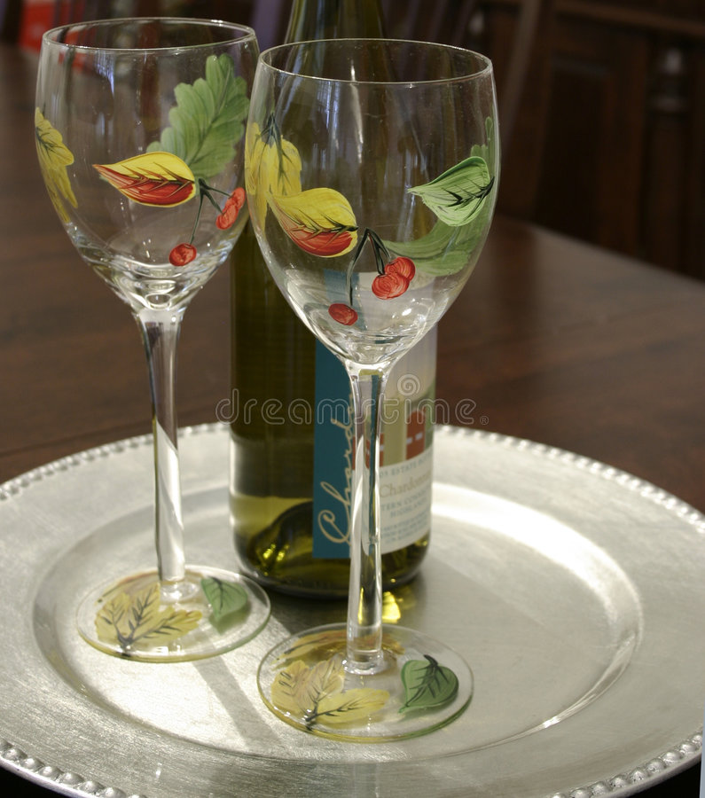 Download Wijn voor Twee stock foto. Afbeelding bestaande uit alcohol - 290308