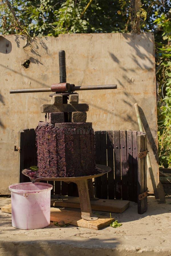Wijnbereiding Technologie van wijnproductie royalty-vrije stock afbeeldingen