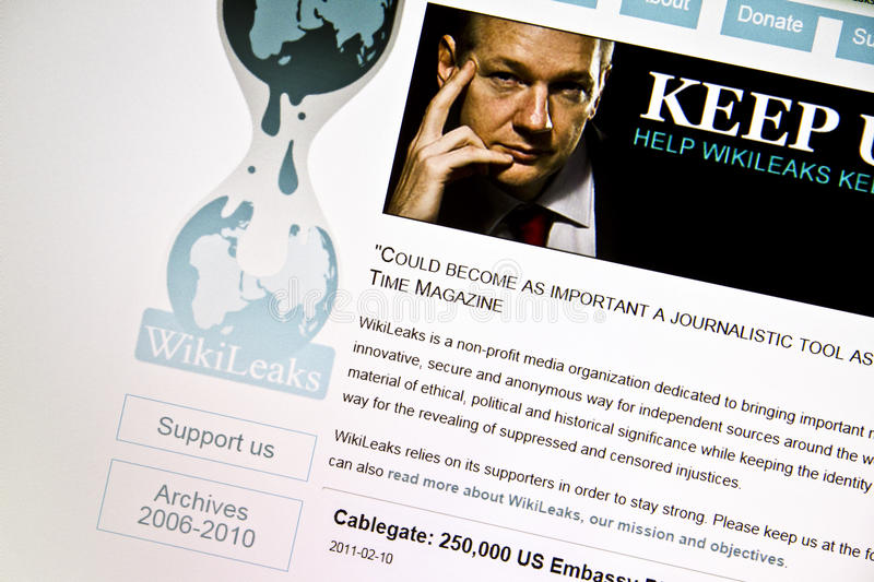 WikiLeaks. Homepage displayed on computer screen stock photos