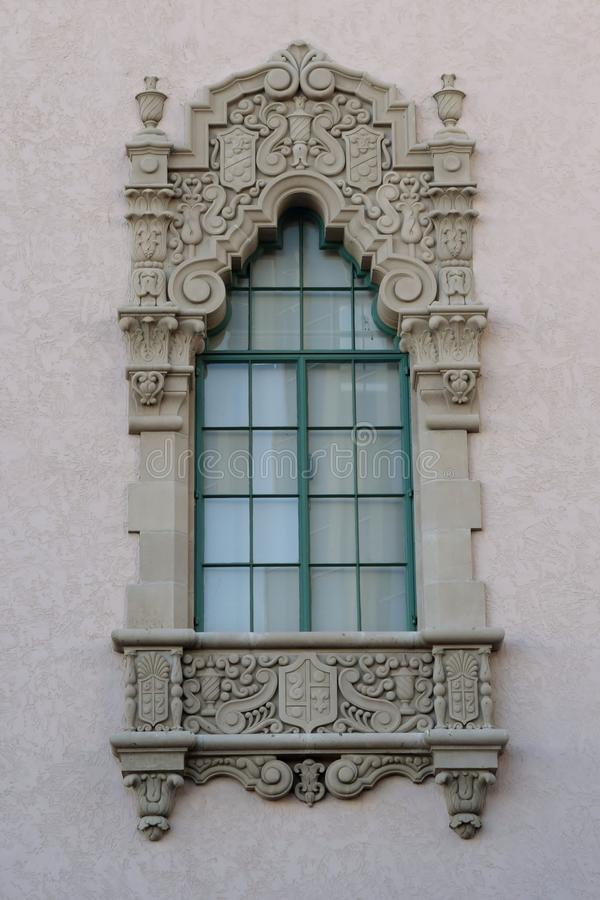 Wiktoriański kamień rzeźbiący okno fotografia stock