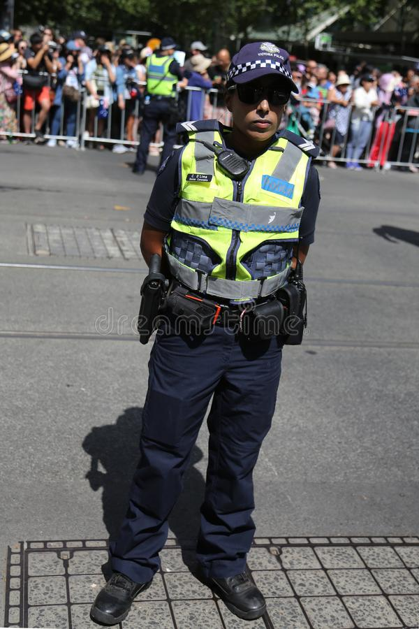 Wiktoria Milicyjny konstabl zapewnia ochron? podczas 2019 Australia dnia parady w Melbourne obraz royalty free