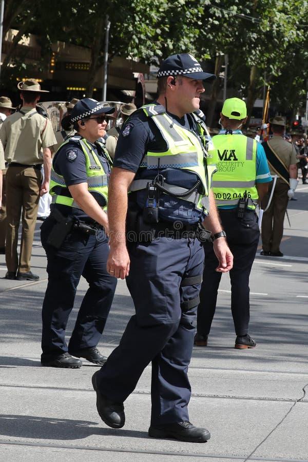 Wiktoria Milicyjny konstabl zapewnia ochron? podczas 2019 Australia dnia parady w Melbourne zdjęcia royalty free