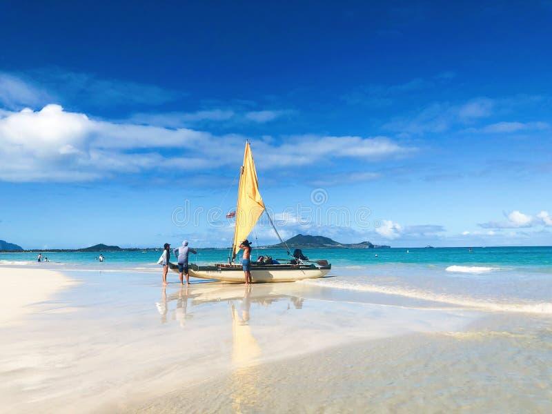 Wil varend in de oceaan gaan? royalty-vrije stock afbeelding