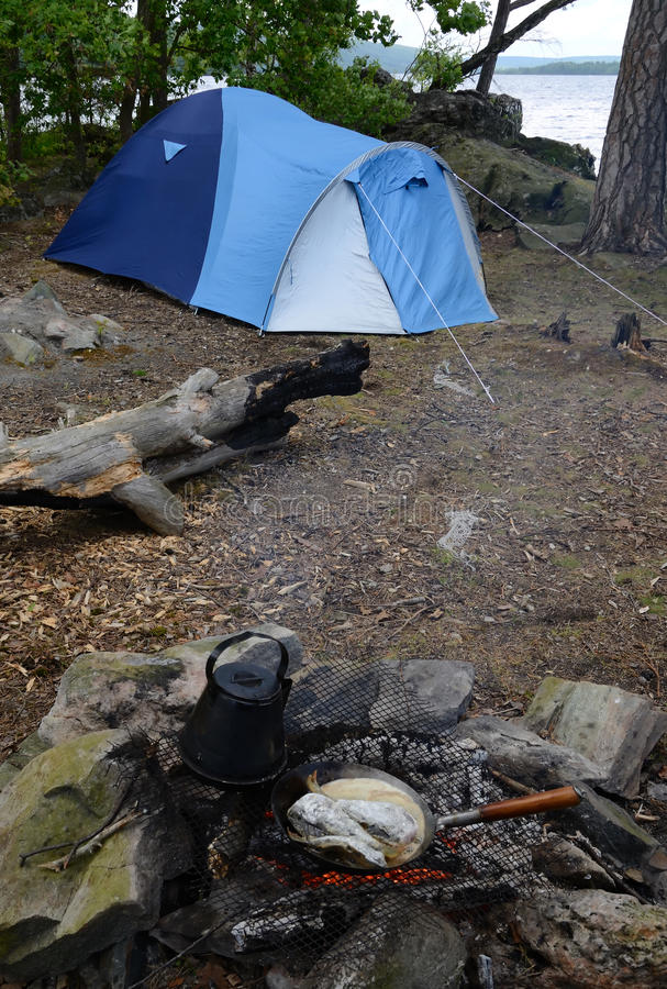 Download Wild camping stock photo. Image of campsite, fireplace - 25395714