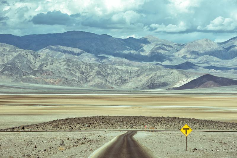 Wild drive way at Death Valley royalty free stock photos