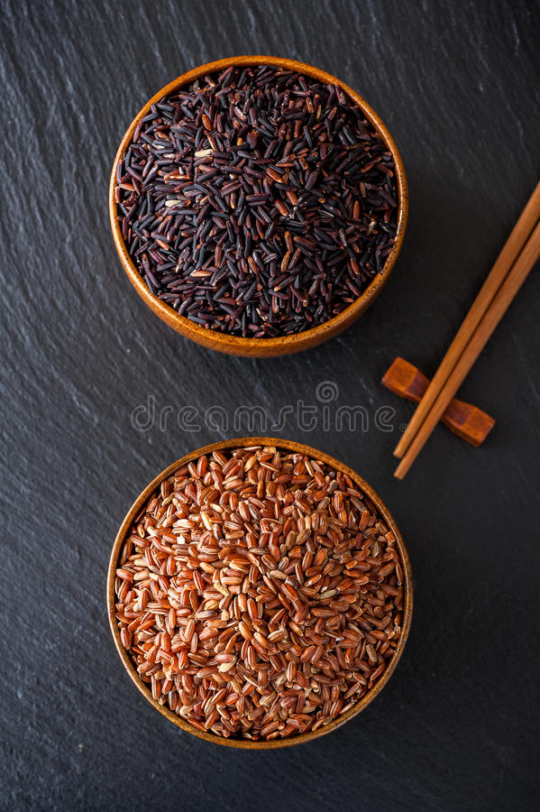 Free Wild Rice And Red Rice In A Bowl On A Blackboard Chalk Royalty Free Stock Image - 30596006