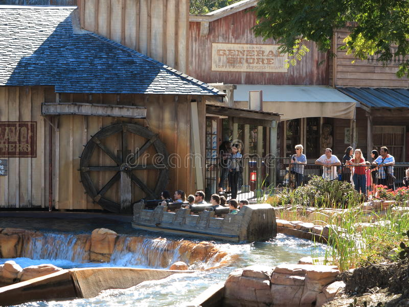 Download Log Flume Ride Wild West Scenery Editorial Stock Image - Image: 25627344