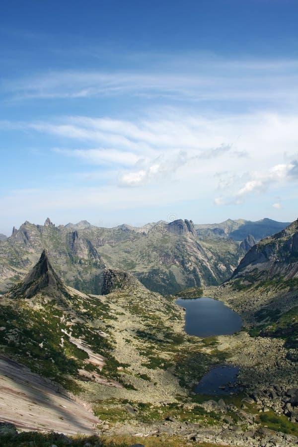 Wilde aard van Ergaki rand, Sayan bergen, Rusland royalty-vrije stock fotografie