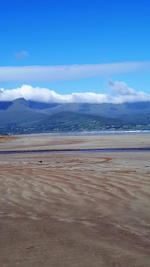 Wilde atlantische Weise in Irland stockbild