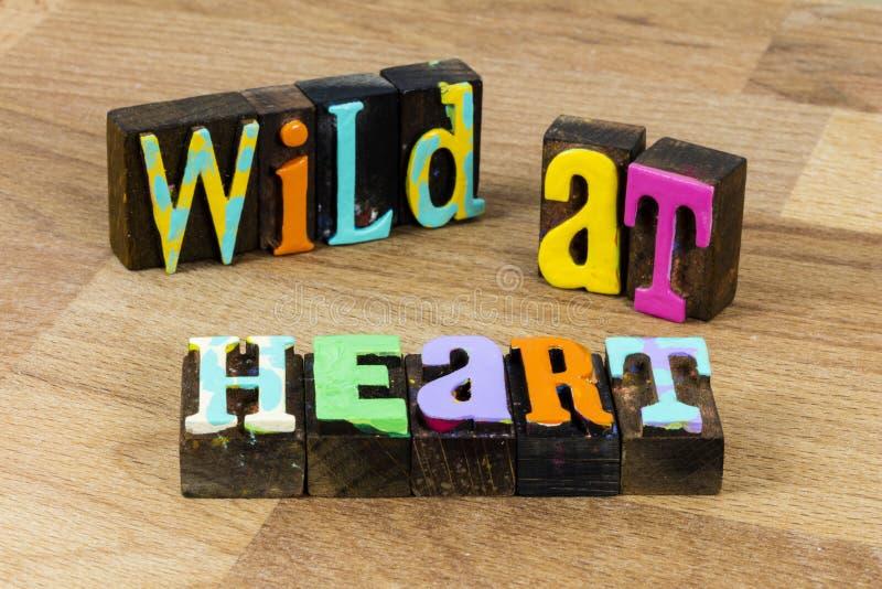 Wilde in harteloze geest romantische ziel volgen liefde mooi leven stock afbeeldingen