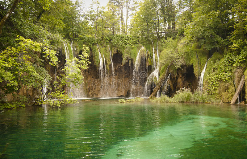 Download Wilderness Landscape With Beautiful Waterfalls Royalty Free Stock Images - Image: 16626309