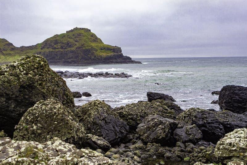 Wildness van het noordenkust in Noord-Ierland stock afbeeldingen
