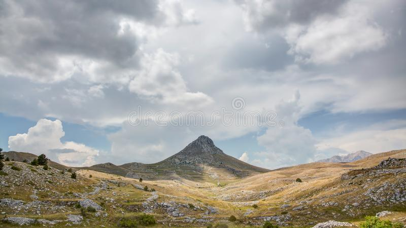 Wildnis Campos Imperatore, Abruzzo, Italien lizenzfreies stockfoto