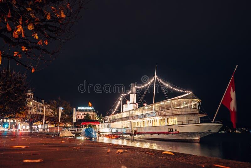 Wilhelm le dice a la nave en Lucerna foto de archivo libre de regalías
