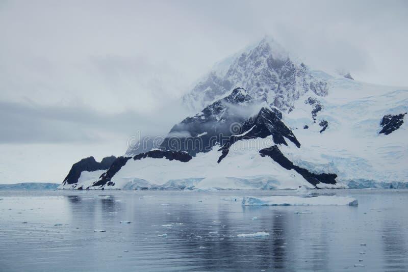 Wilhelmina海湾,南极洲 免版税库存照片