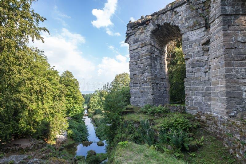 Wilhelmshoehe kassel do landschaftspark do aqueduto gemany imagens de stock royalty free