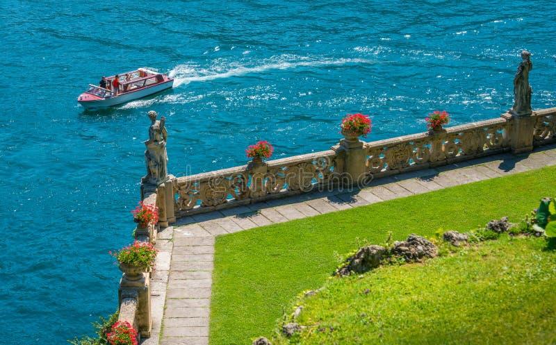 Willa Del Balbianello, sławna willa w comune Lenno, przegapia Jeziornego Como italy Lombardy obraz stock