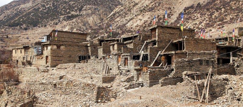 Willage de Gunsang, traînée ronde de trekking de circuit d'Annapurna photographie stock