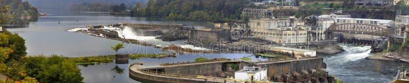 Willamette cade diga nel panorama 3 della città dell'Oregon immagine stock libera da diritti