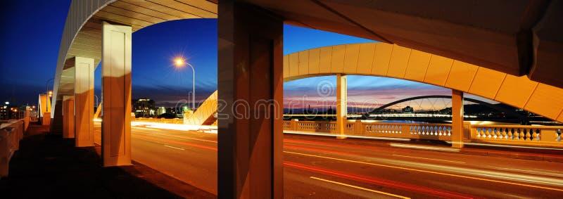 William Jolly Bridge en la oscuridad fotografía de archivo libre de regalías