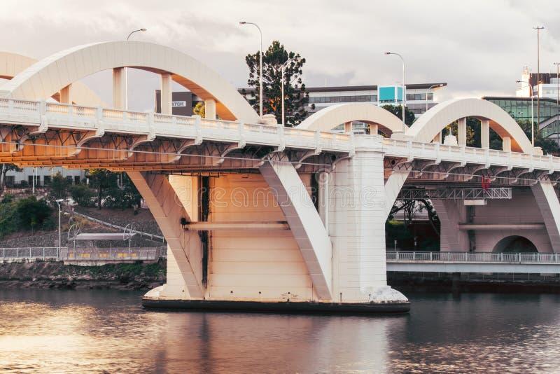 William Jolly Bridge por la tarde imagenes de archivo