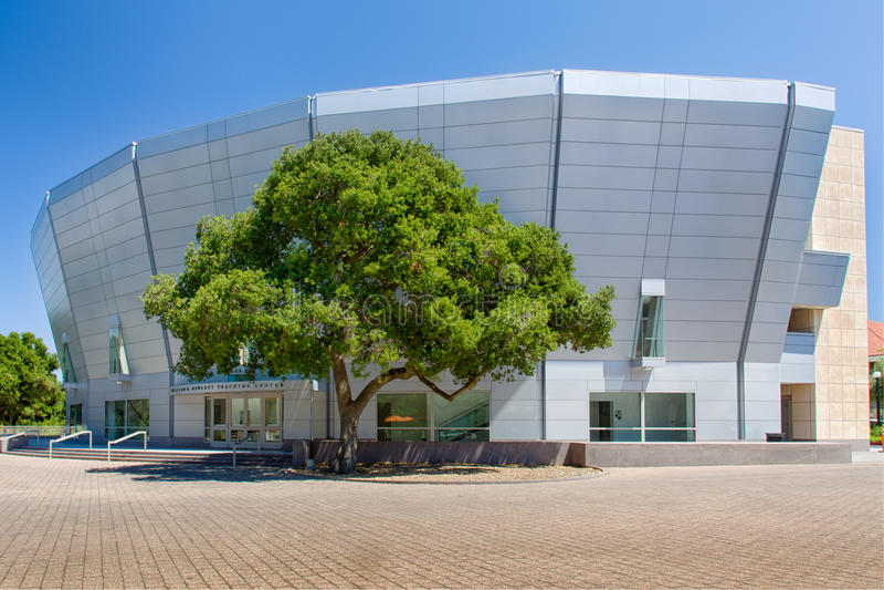 William R. Hewlett Teaching Center em Stanford University imagem de stock