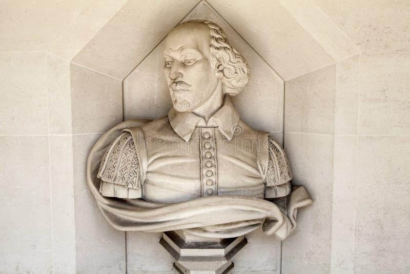 William Shakespeare Sculpture i London fotografering för bildbyråer