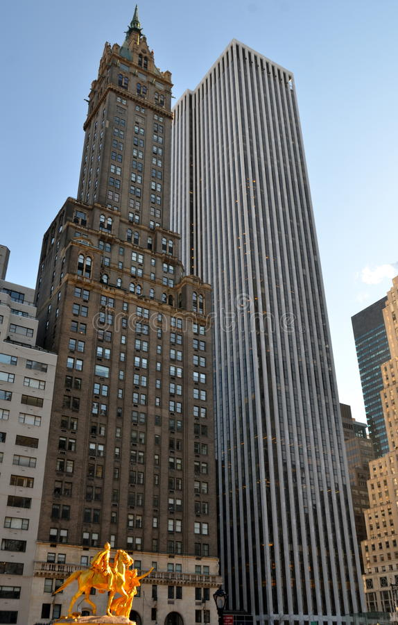 William Sherman pomnik lokalizować w Miasto Nowy Jork na kącie central park południe Augustus świętym obrazy stock