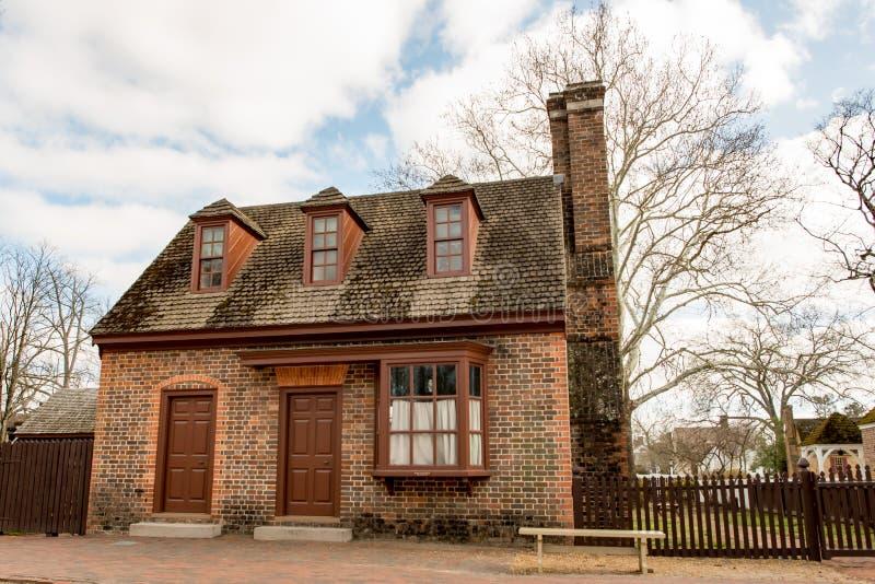 Williamsburg, Virgínia - 26 de março de 2018: Casas e construções históricas em Williamsburg Virgínia imagens de stock royalty free