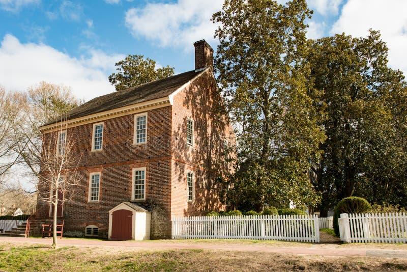 Williamsburg, Virginia - Maart 26, 2018: Historische huizen en gebouwen in Williamsburg Virginia stock fotografie