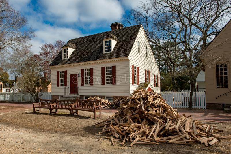 Williamsburg Virginia - mars 26, 2018: Historiska hus och byggnader i Williamsburg Virginia royaltyfri foto