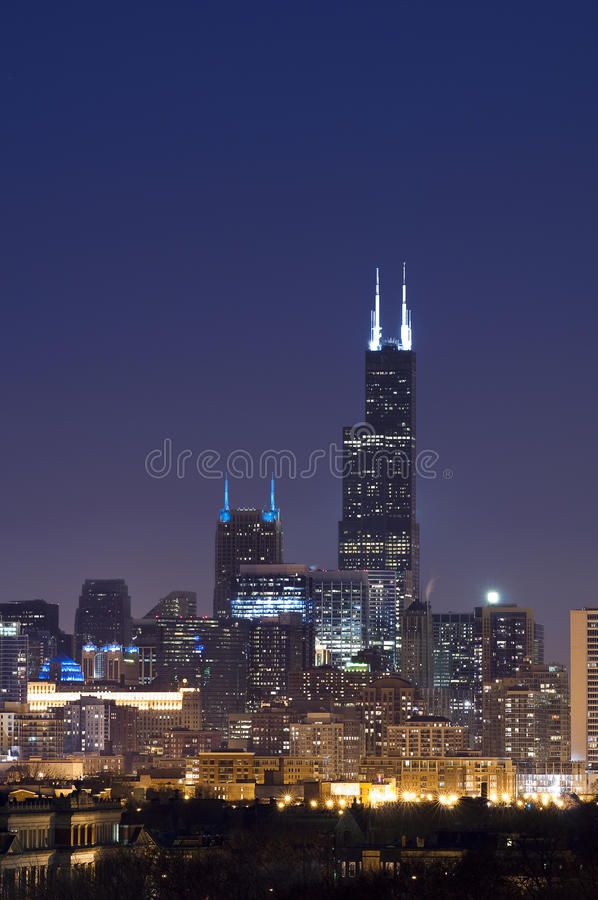 willis för chicago natttorn arkivbild